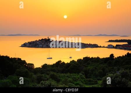 Sonnenuntergang in Primosten - Stockfoto