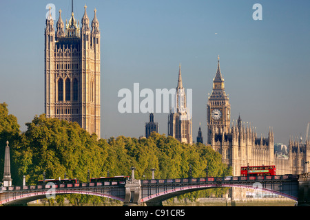 Westminster Palace und Lambeth Bridge, frühen Herbstmorgen - Stockfoto