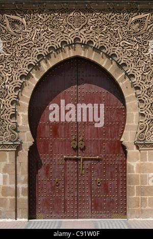 Haupttor des Mausoleum von Moulay Ismail in Meknès, Marokko.