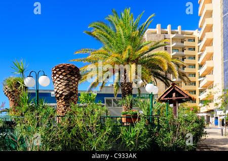 Wichtigsten touristischen Zentrum von Praia da Rocha, Algarve, Portugal. An einem sonnigen Tag im Oktober 2011. - Stockfoto