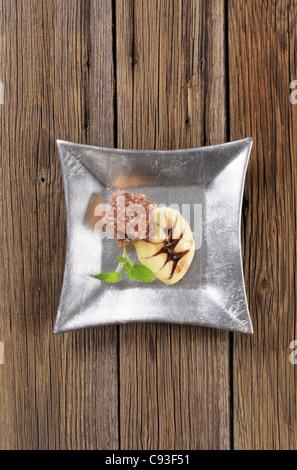 Süßer Honig Plätzen und Vanillecreme - overhead - Stockfoto