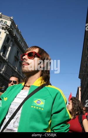 empörten Demonstranten zu besetzen Rom Bewegung Rallye Demo in Rom Italien 2011 - Stockfoto