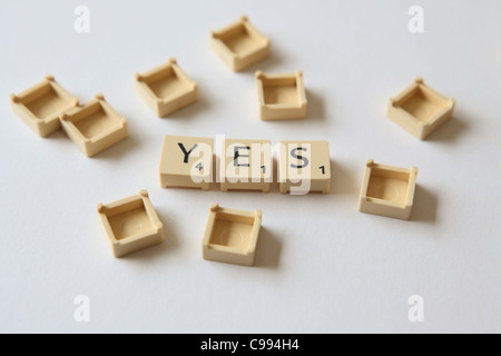 scrabble nein ja stockfoto bild 92058167 alamy. Black Bedroom Furniture Sets. Home Design Ideas