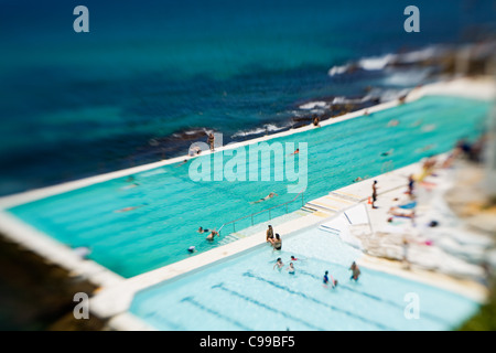 Das Bondi Icebergs Schwimmbad am North Bondi Beach.  Bondi Beach, Sydney, New South Wales, Australien - Stockfoto