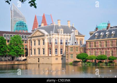 Eklektischen Baustil Gebäuden am Ufer, den Haag, Zuid-Holland, Niederlande - Stockfoto