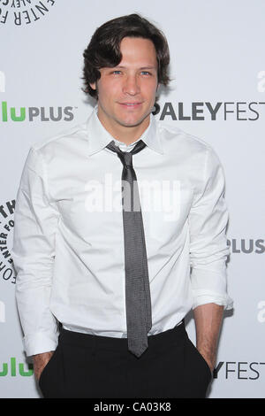 11. März 2012 - präsentiert Los Angeles, Kalifornien, USA - Nick Wechsler.PaleyFest 2012 '' Rache '' in The Saban - Stockfoto
