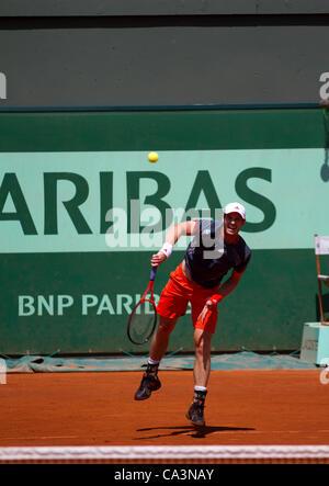02.06.2012 Paris, Frankreich. Andy Murray in Aktion gegen Santiago Giraldo am 7. Tag der Französisch Open Tennis von Roland Garros.