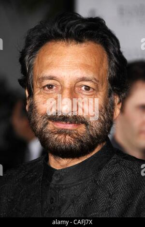 2. Oktober 2007 - Hollywood, Kalifornien, USA - LOS ANGELES, CA 1. Oktober 2007 (SSI) --. Regisseur Shekhar Kapur - Stockfoto
