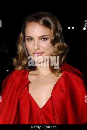 4. Oktober 2007 - Hollywood, Kalifornien, USA - Natalie Portman während der Premiere des neuen Films von Fox Searchlight - Stockfoto