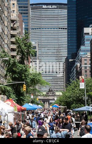 New York, USA. 20. Mai 2012. Midtown Manhattan Blöcke sind als Restaurants, Hersteller, Künstler und Kunsthandwerk - Stockfoto