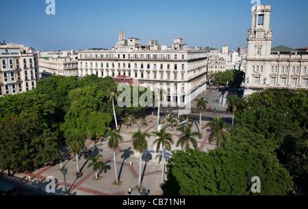Blick vom Dach des Teatro Nacional de Cuba zum Parque Central, Havanna (La Habana), Kuba - Stockfoto
