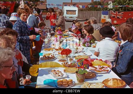 Queen es Silver Jubilee Street Party, 7. Juni 1977, Seaham, County Durham, England - Stockfoto
