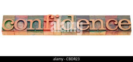 Vertrauen - isolierte Wort in Vintage Holz Buchdruck Druckstöcke - Stockfoto