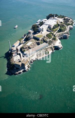 Alcatraz Gefängnis in San Francisco Bucht Luftbild - Stockfoto