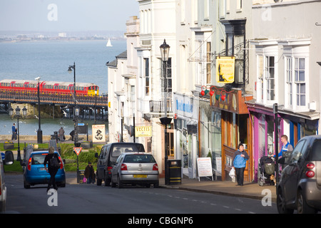 Pier, Bahnhof, Einkaufszentrum, Union Street, Einkaufen, Ryde, Isle Of Wight, England, UK - Stockfoto
