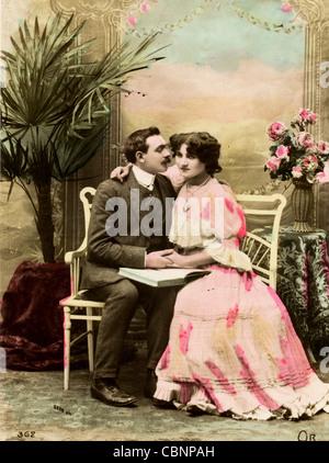 Ich übernachtete 1900er Jahren paar Hand in Hand - Stockfoto