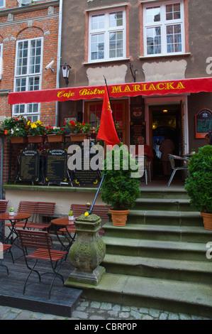 Cafe Bistro außen entlang Ulica Mariacka Street Glowne Miasto der Stadt Danzig-Warschau-Polen-Europa - Stockfoto