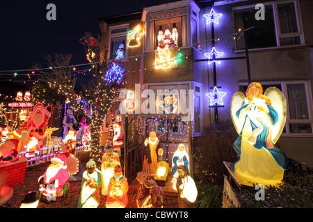 Elektrische Weihnachtsbeleuchtung Garten Depresszio