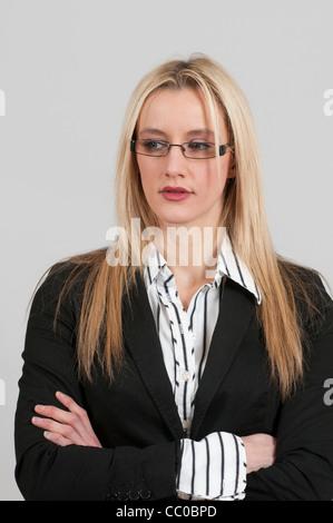 Ernste Angelegenheit Frau wegschauen - Stockfoto