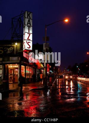 29. November 2011: Bilder von Katzs Delicatessen in der unteren East Side von New York City, USA. - Stockfoto