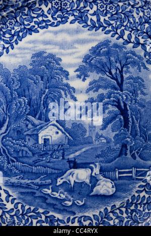 blaue Porzellan Teller Blumen Bauernhof Transfer Print antike ...