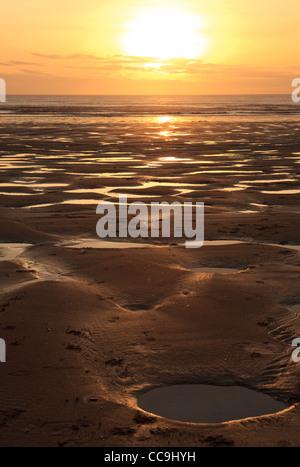 Sonnenuntergang, Aberavon Beach, Port Talbot, South Wales, UK