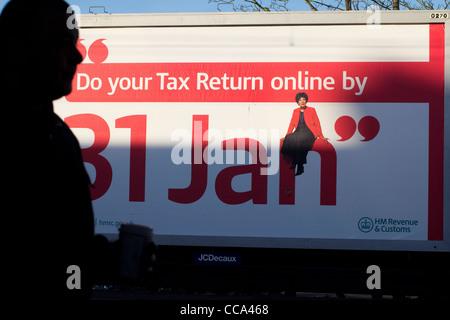 machen Sie Ihre Steuererklärung online durch 31 Jan Poster Plakat HM Revenue und Bräuche - Stockfoto