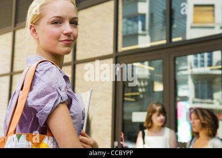 Weibliche College-Student, portrait - Stockfoto