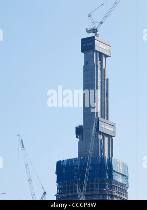 London Bridge Tower, ist auch bekannt als die Scherbe ein 72 gemischte Nutzung Turm befindet sich am Südufer des - Stockfoto