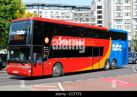 oxford tube doppeldecker bus service zwischen london und. Black Bedroom Furniture Sets. Home Design Ideas