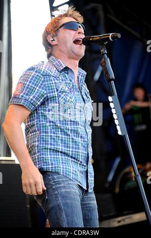 17. Juni 2011 - Roanoke Rapids, North Carolina; USA - Musiker CRAIG MORGAN führt live im Rahmen des ersten jährlichen - Stockfoto
