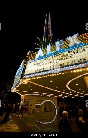Das Alex-Theater, auf 216 North Brand Boulevard, Glendale, in der Nähe von Los Angeles-Kalifornien, USA (Nacht-Shot) - Stockfoto