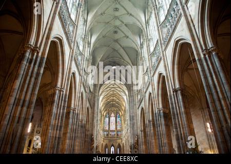 Innenansicht der Kathedrale St. Vitruvius, Prag, Tschechische Republik - Stockfoto