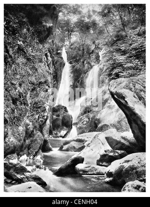 Stock Ghyll Kraft Ambleside Wasserfall fällt Kaskade Cumbria North West England Westmorland Lake District National - Stockfoto