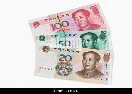 20, 50 und 100 Yuan Rechnungen mit dem Porträt von Mao Zedong. Die chinesische Währung Renminbi, wurde 1949 eingeführt. - Stockfoto