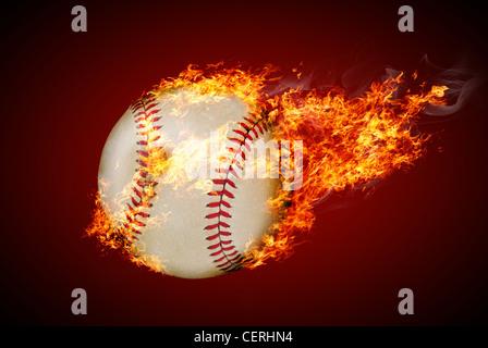 Fliegenden Baseball Ball in Brand - Stockfoto