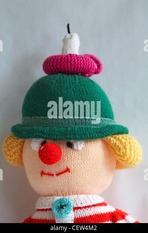 geknotete Puppe - wee Willie Winkie mit Kerze auf seinem Kopf - Stockfoto
