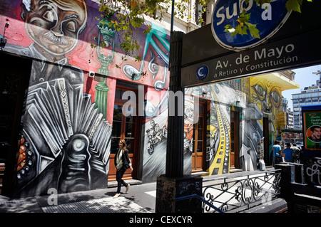 Avenida de Mayo, Graffiti, Metro Station, Buenos Aires, Argentinien - Stockfoto