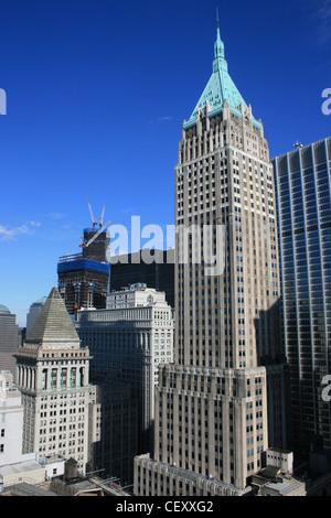 Lower Manhattan Architektur (Freedom Tower Bau im Hintergrund). - Stockfoto