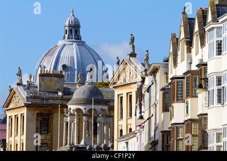 Die Kuppel des Radcliffe Camera, Teil der Bodleian Bibliothek an Oxford High Street Blickrichtung. - Stockfoto
