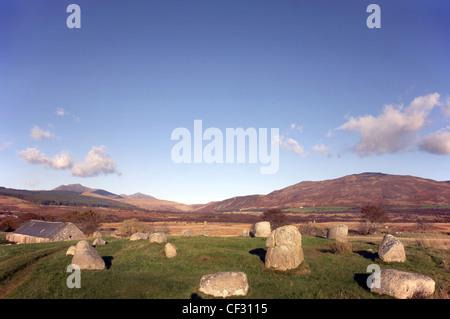 Fingals Kessel Sitz, einem Doppelring hocken Granitfelsen im Machrie Moor auf der Isle of Arran. - Stockfoto
