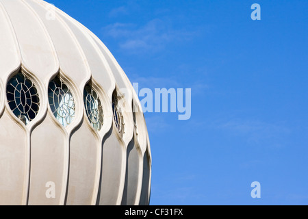 Einer der indischen Stil Kuppeln auf dem Royal Pavilion in Brighton. Der Royal Pavilion wurde aus der Marine Pavilion - Stockfoto
