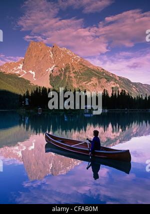 Emerald Lake, Yoho Nationalpark, Britisch-Kolumbien, Kanada. - Stockfoto