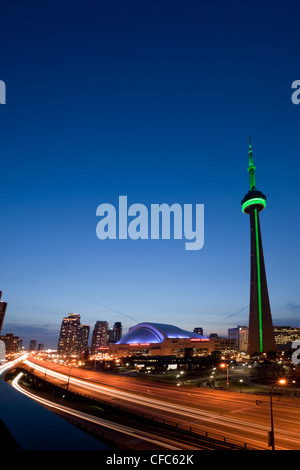 Blick CN Tower Rogers Centre nach Hause Blue Jays - Stockfoto