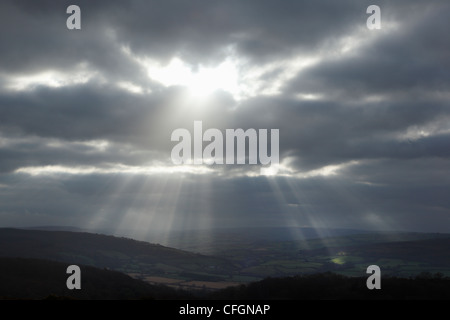 Stürmische Himmel über Exmoor National Park. Somerset. England. VEREINIGTES KÖNIGREICH. - Stockfoto