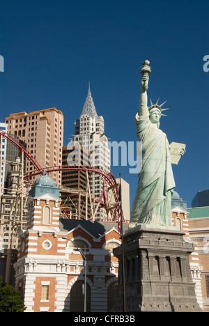 New York-New York Hotel und Nachbildung der Statue of Liberty, Las Vegas, Nevada, Vereinigte Staaten von Amerika, - Stockfoto