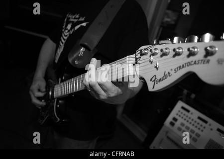 Die Wiedergabe der Fender Stratocaster-Gitarre