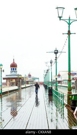 27. August 2012 gehalten nassen und windigen Wetter in Blackpool an den letzten Sommer Feiertag des Jahres die Urlaub - Stockfoto