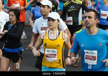 9. September 2012 - Buenos Aires, Buenos Aires, Argentinien - über 14.000 Läufer nahmen 21 k Buenos Aires Maraton. - Stockfoto