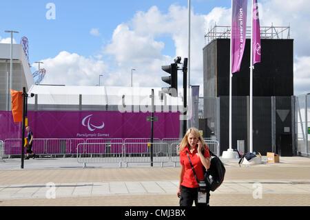 Stratford, London, UK. 14. August 2012. Anzeichen für die Paralympischen Spiele sind im Olympia-Park in Stratford - Stockfoto